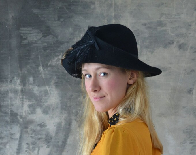 Black wool Hat with Pheasant Feathers