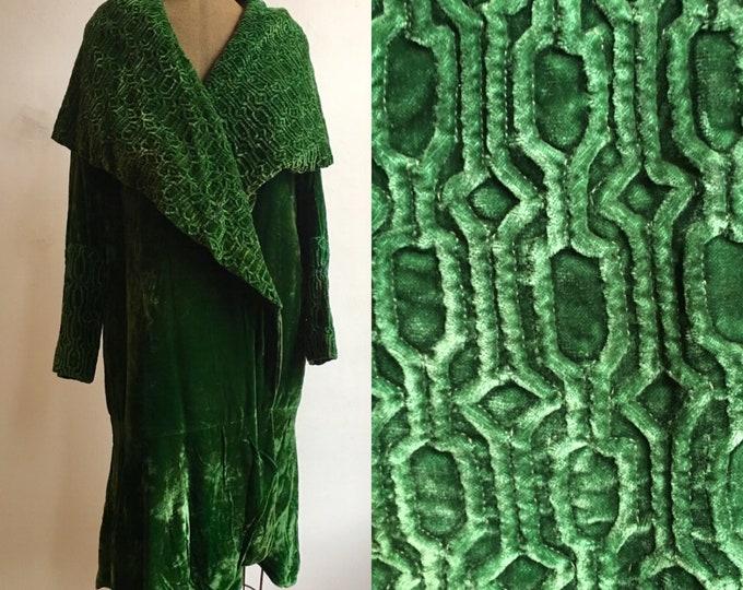 1920s Emerald Velvet Flapper Coat