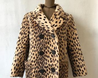 af3d0c62a6d2 1960s Leopard Print Faux Fur Coat
