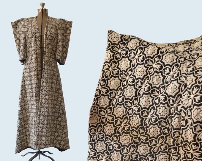 Couture High Fashion Embroidered Kimono Robe size L