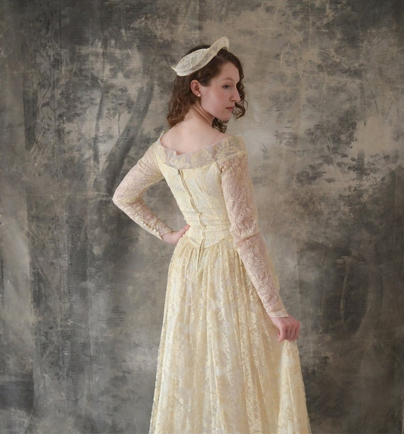 1950s Lace Wedding Gown