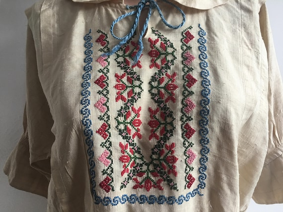 1910s Silk Embroidered Peasant Blouse, size xs - image 3