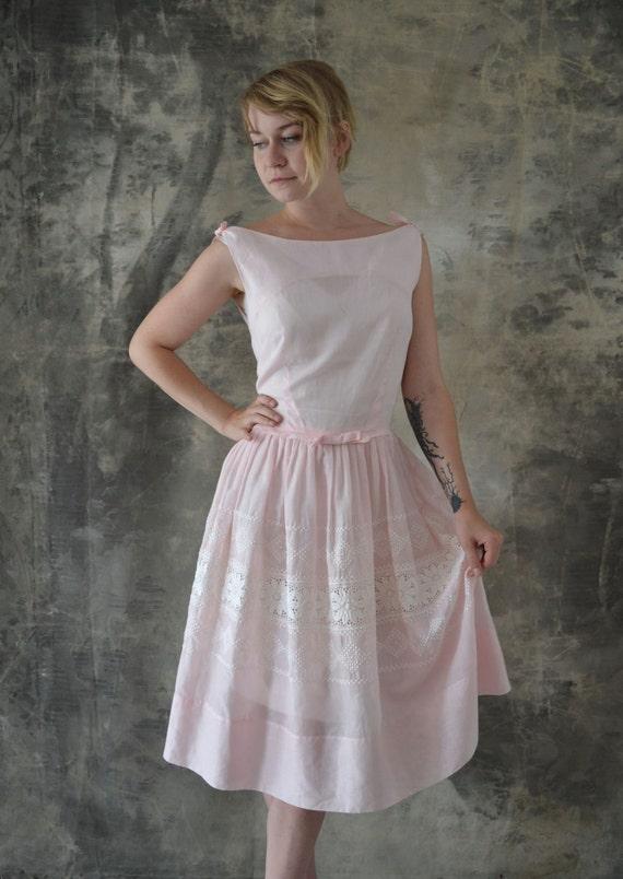 1950s Pale Pink Dress Eyelet Lace