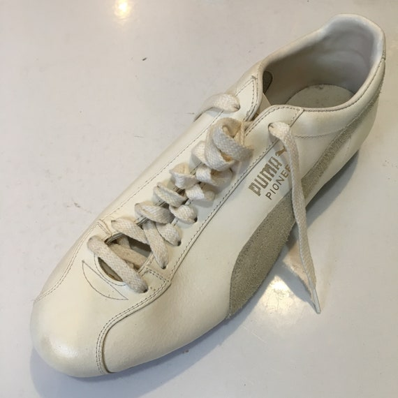 PUMA 1970s Soccer Football Cleats Sneakers mens si