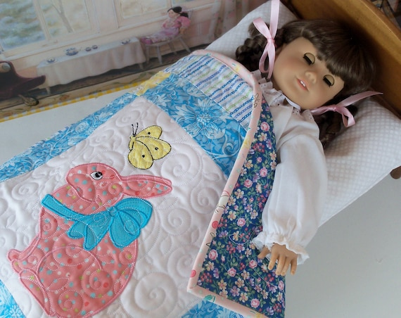 """Applique and Embroidered Keepsake Heirloom Quilt for 18"""" American Girl Doll / 18 Inch Doll Clothes and Bedding"""