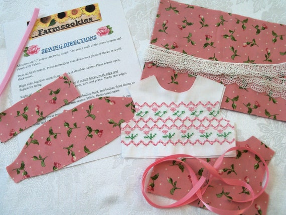 "18"" Size /COMPLETE SEWING KIT for 18 Inch Doll Clothes / Farmcookies Embroidered  Dress Kit / Fits Like American Girl Doll Clothes"