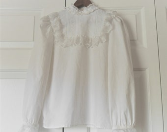 Vintage Victorian styled white Blouse