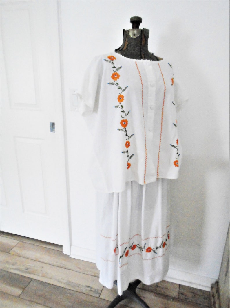 Vintage cotton Mexican embroidered Skirt and Top