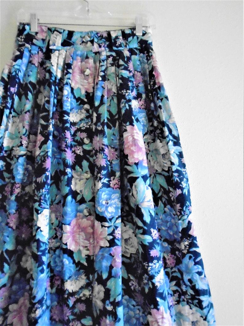 Vintage 80/'s  button down cotton Floral Skirt