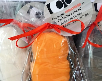 Large Mummy Soap Favors:  Bridal Shower, Wedding Favor, Baby Shower Favors, Fall Favors, Birthday Favors, Fall Wedding, Halloween Favors