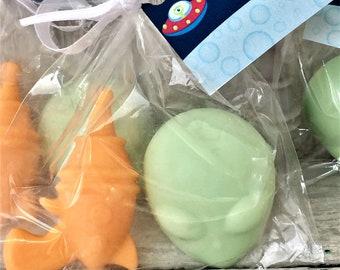 Alien Space Soap Party Favors:  Party Favors, Baby Shower Favors, Alien Soap, Boy Favors, Birthday Favors, Space Ship Favors, Planets