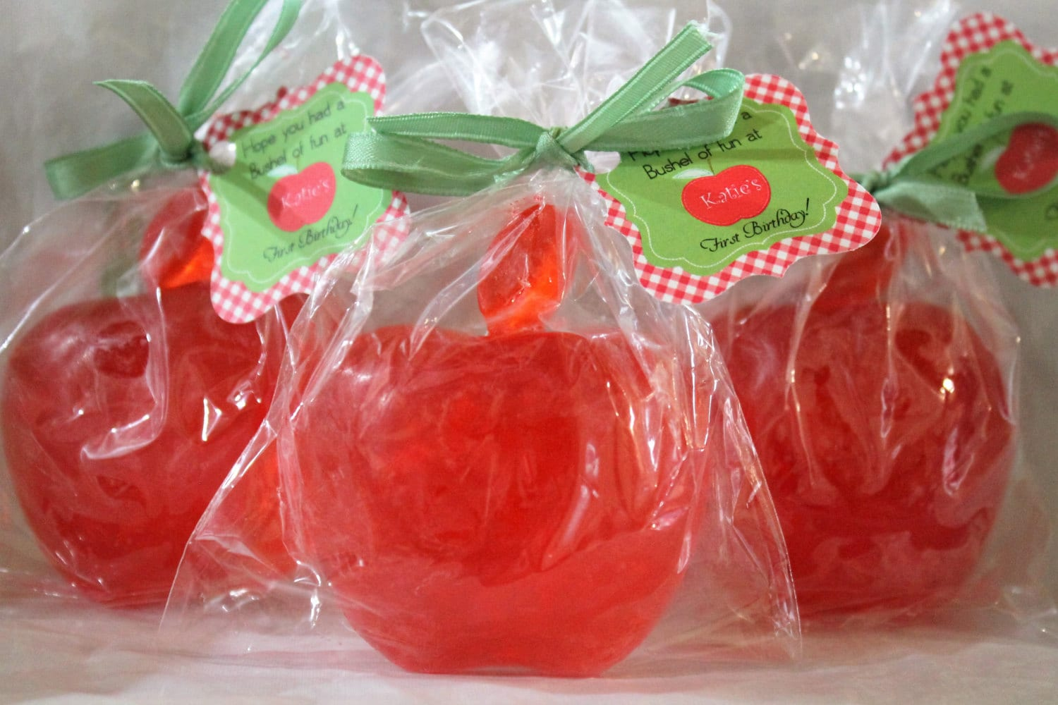 10 Apple Party Favor Soaps Wedding Favors Birthday Favors Etsy