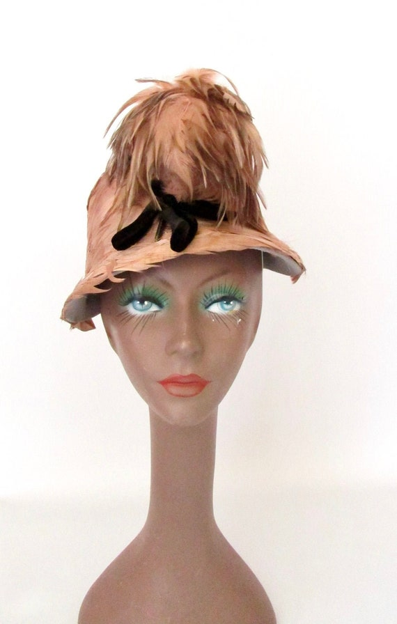 1960's Schiaparelli Cloche Feather Hat