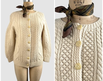 CLASSICALLY PREPPY Vintage 60s Cable Knit Fisherman Sweater | 1960s Cozy Chunky Knit Wool Cardigan | 70s 1970s Knitwear Top | Size Medium