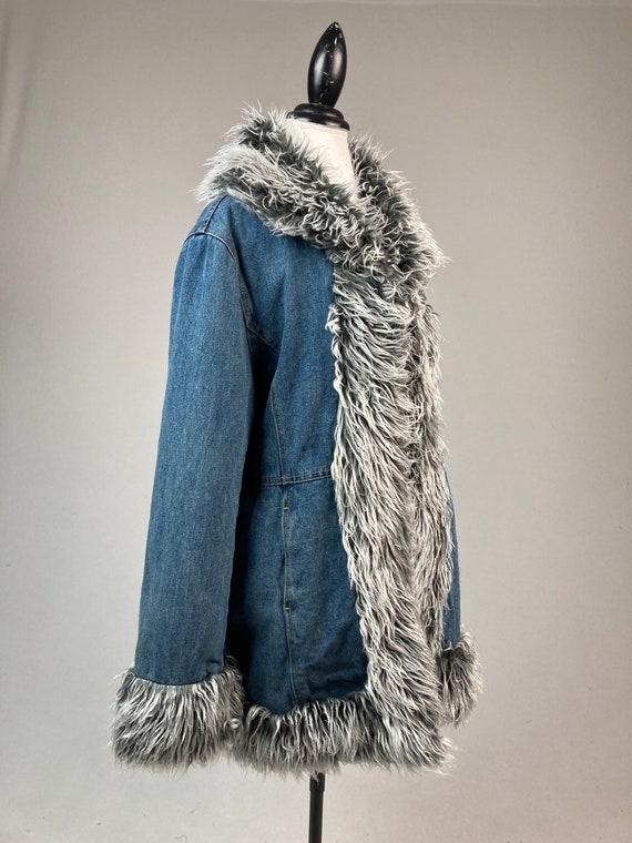 Y2K Denim and Faux Fur Trim Coat - image 5