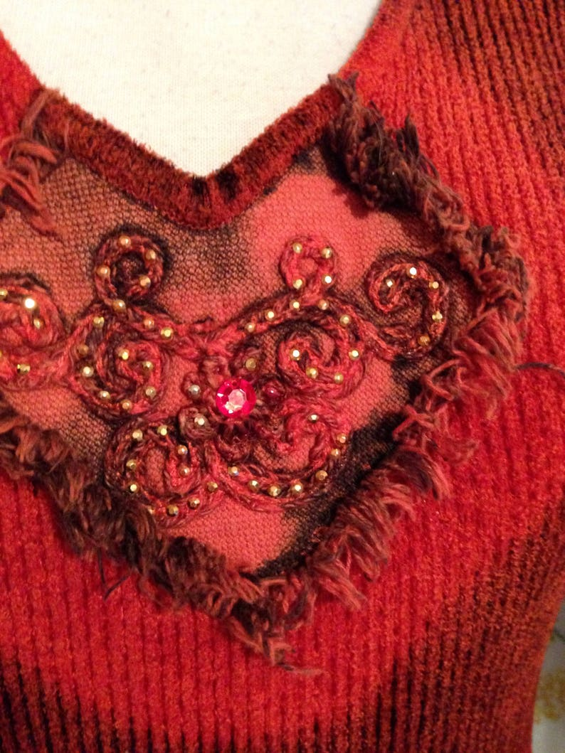 SMALL Sweater Pullover Stretch Bohemian Hippie Flowerchild Burnt Orange Black Appliqu\u00e9d Top