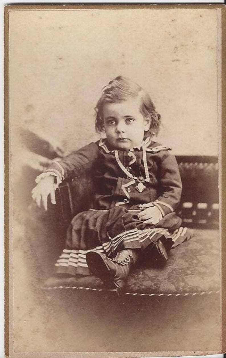 Vintage Little Girl Carte De Visite CDV LW Felt