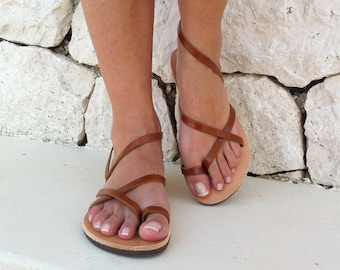 4949f0725c87 leather sandals in brown color