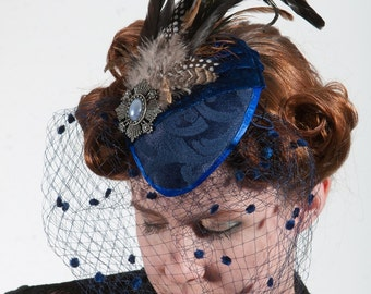 Lilly blue teardrop hat with veil