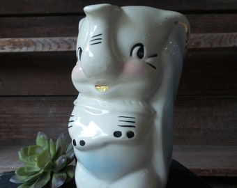 Vintage Walt Disney DUMBO PITCHER, Ceramic Dumbo, Dumbo Elephant, Vintage Disney Figurine