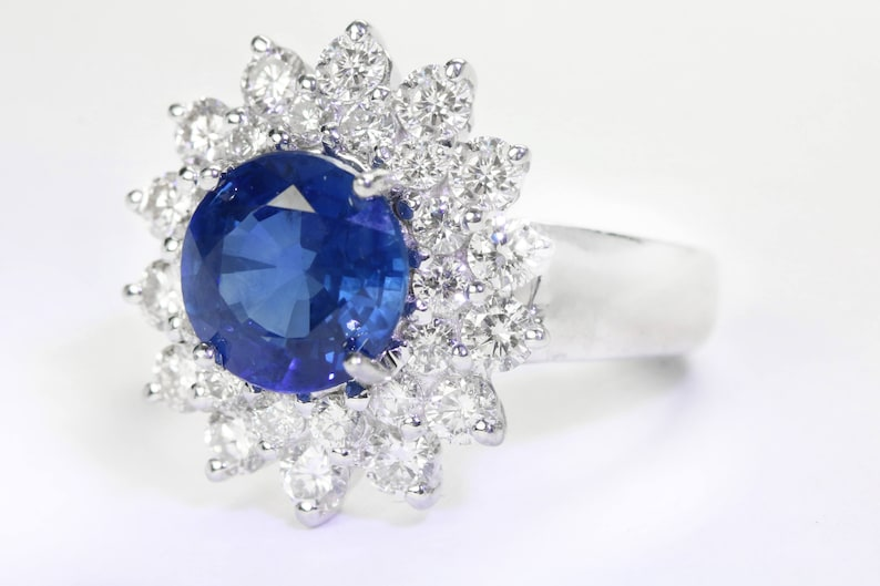 Natural Blue Sapphire Diamond 18k Gold Cocktail Engagement Ring
