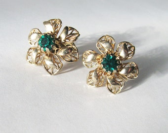 Emerald Green Rhinestone Earrings, Gold Filigree Flower, Mid Century Screwbacks