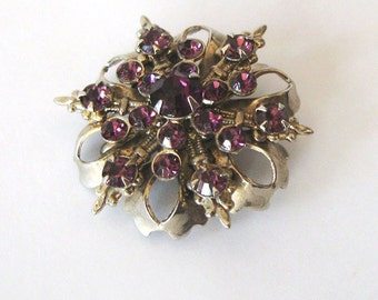 Purple Rhinestone Brooch or Pendant Fleur de Lis Filigree 1940s, Snowflake