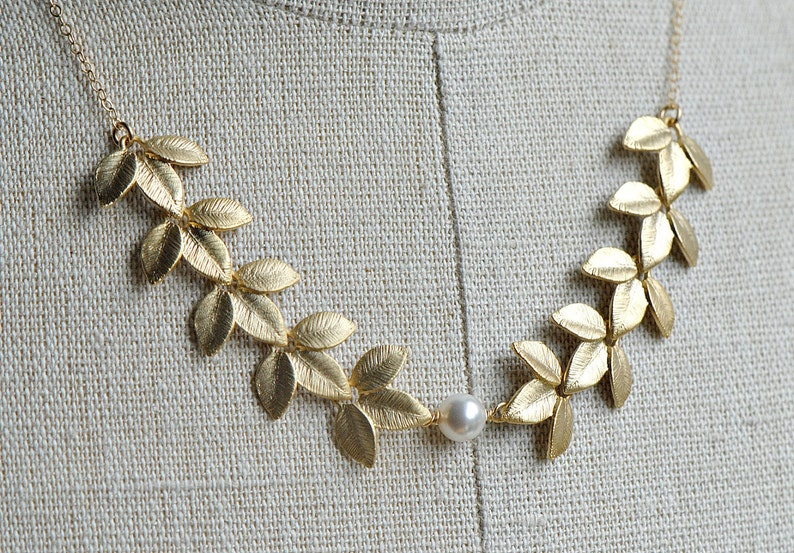 Gold Leaf Necklace Gold Leaves Boho Jewelry Bridesmaid Gift Idea Gold Pearl Necklace Bridal Jewelry Grecian Necklace Wedding Jewelry