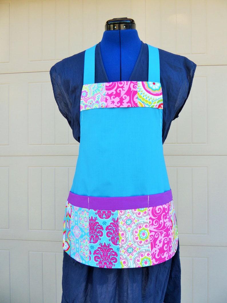 Patchwork Quilt print Kids apron Size 4-6-8-Young Adult  Apron  Kids Apron.