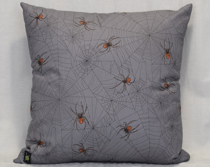 Goth, Horror, Punk Rock, Realistic Spiders 18 Inch Throw Pillow, Gothic, Halloween Decorative Pillow, Hidden Zipper