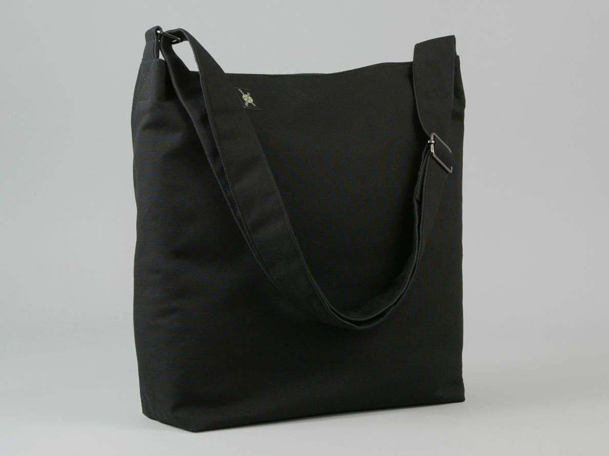 e527f94204cc All Black Crossbody Bag