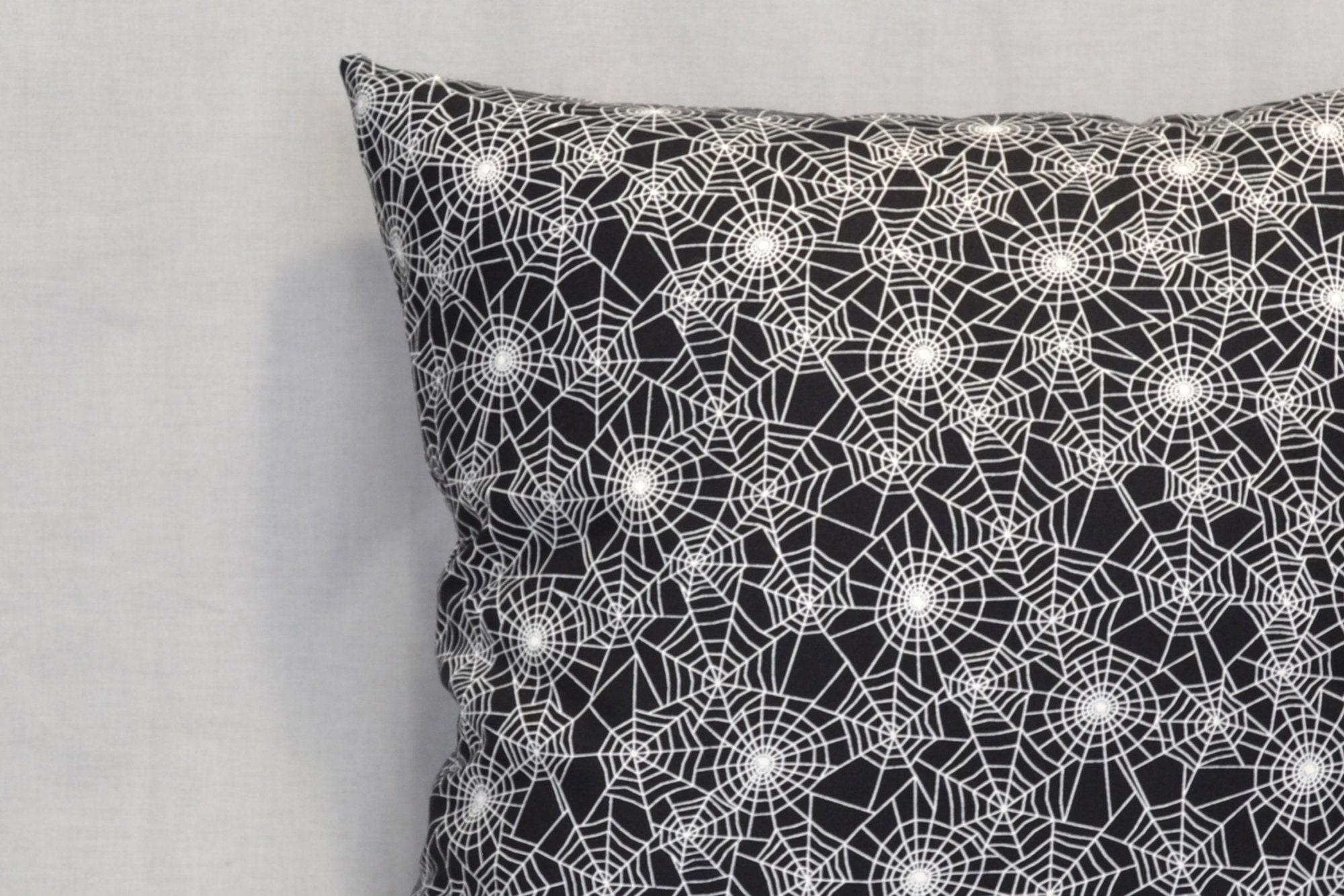 Glow In The Dark Spider Webs 18 Inch Throw Pillow Goth Punk Home Decor Halloween Decorative Pillow