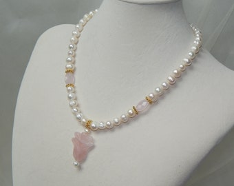Rose Quartz and pearl necklace,Pearl and rose quartz necklace,rose quartz pendant necklace,Mother's Day necklace,designer necklace,bling