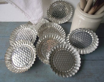 French Tart Tins , Vintage Set of 8 Fluted Tartlet Pans , Farmhouse Candle Holders