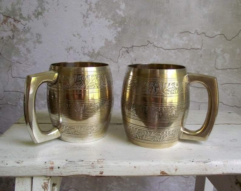Engraved Metal Barrel Mugs , Pair of Barrel Beer Steins , 1 Pint India  Tankards , Metal Beer Mugs , Barware Decor