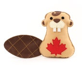 Beaver Sewing Pattern, Hand Sewing Felt Canadian Beaver Plush Toy, Canada Beaver, Sew by Hand Craft Project, Instant Download PDF SVG DXF