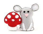 Mouse Sewing Pattern, Felt Stuffed Mouse & Mushroom Plushie Pattern, Woodland Mouse Softie Pattern, Instant Download PDF SVG DXF