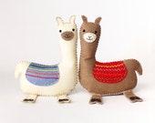 Llama Sewing Pattern, How to Sew Felt Llama Pattern, Easy Llama Plushie, Embroidered Llama Softie, Llama Stuffed Animal, PDF SVG DFX