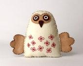 Felt Owl Sewing Pattern, Stuffed Owl Hand Sewing Pattern, Woodland Owl, Barn Owl Softie, Plush Owl Decor, Felt Embroidered Owl, PDF SVG DXF