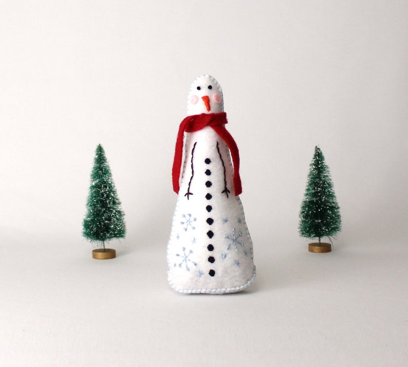 Snowman Hand Sewing Pattern Christmas Decoration Plush image 0