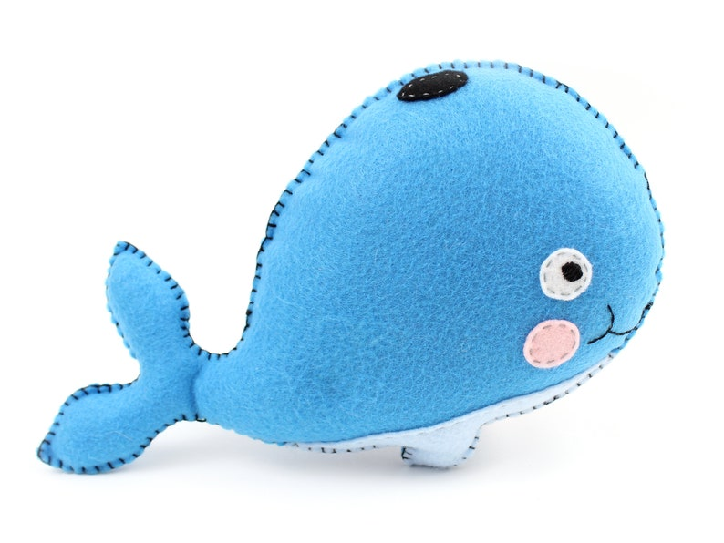 Whale Sewing Pattern Stuffed Whale Hand Sewing Pattern Felt image 0