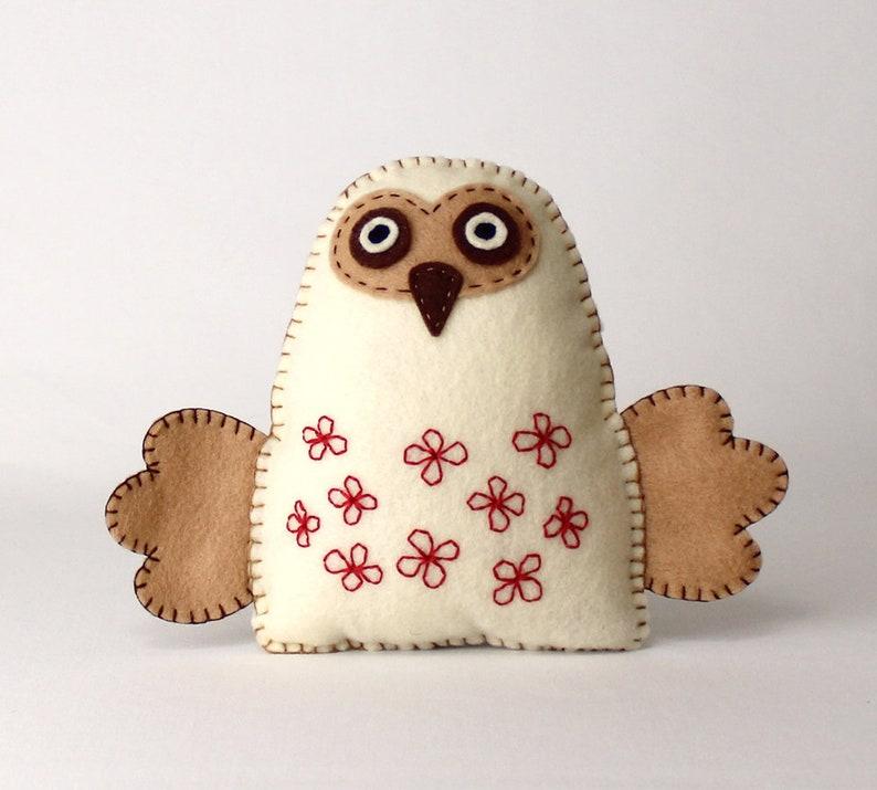 Felt Owl Sewing Pattern Stuffed Owl Hand Sewing Pattern image 0