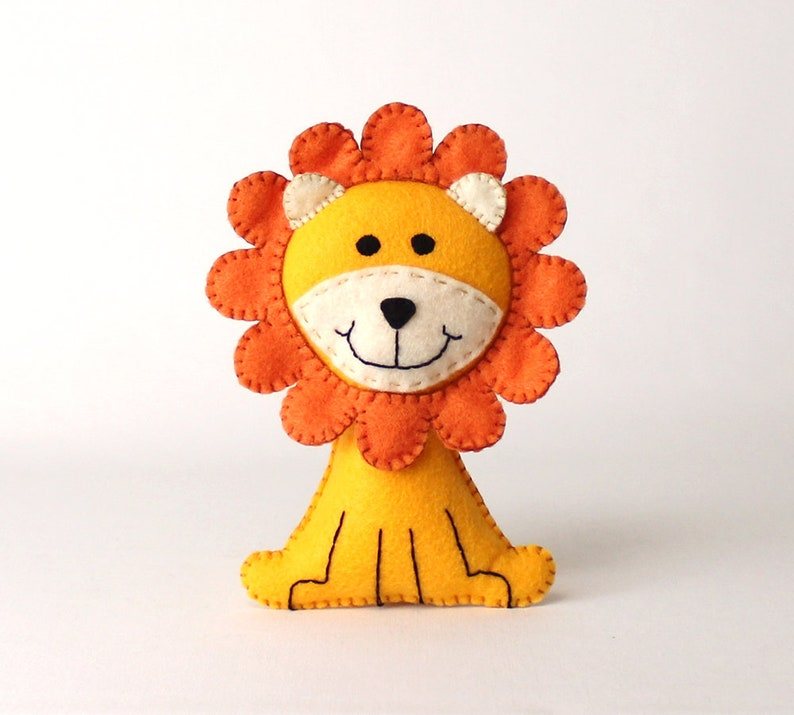 Lion Sewing Pattern Felt Lion Hand Sewing Plushie Sew a Lion image 0