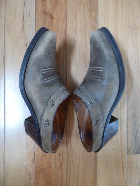 1980S ARIAT CLOGS size 7.5 . Leather Clogs . Cowgi