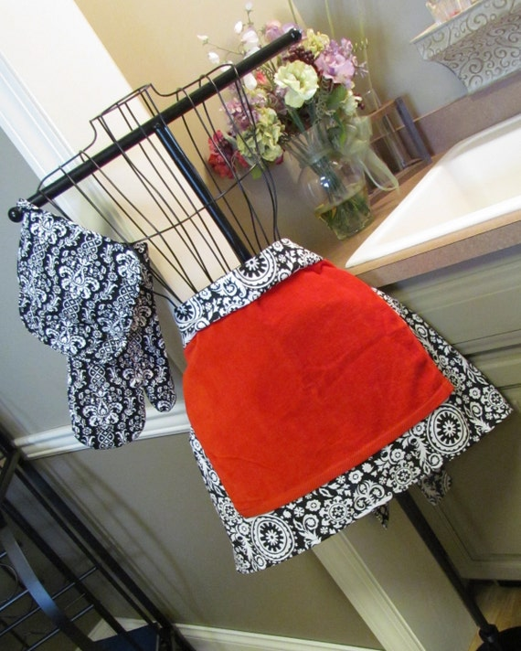 Damask Half Apron with Matching Pot Holders