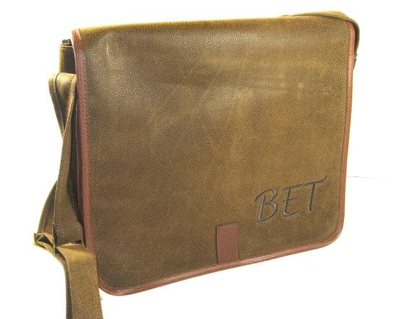 Dark Brown Scotch Grain Messenger Bag