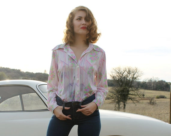 VIOLET 1970's Button Down Collared Shirt Floral Disco