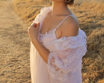 MELODY Vintage 1980's Night Gown Peignoir Set Lingerie Romantic Two Piece Nightie White Floral Lace Honeymoon Wedding