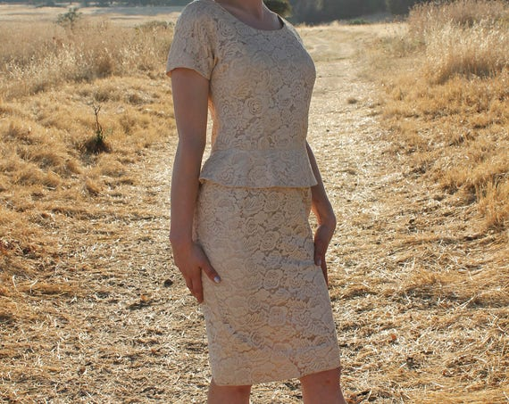 COURTHOUSE 1950's Vintage Dress Peplum Cream Lace