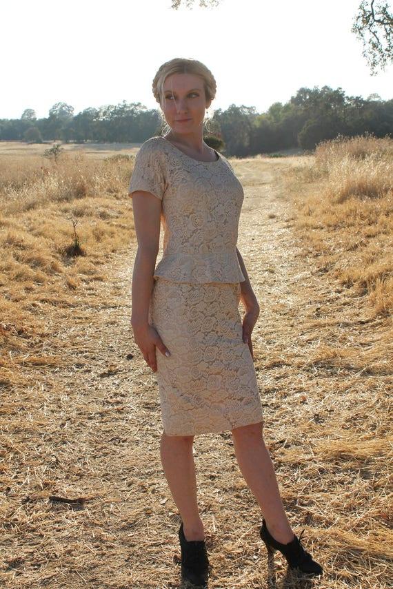 COURTHOUSE 1950's Vintage Dress Peplum Cream Lace
